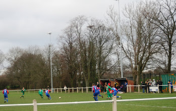 Photo: 07/01/12 v Thurnby Nirvana (Leicestershire Senior Cup Q-F) 3-1 - contributed by Andy Gallon