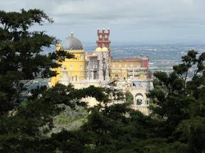 Palácio da Pena visto de um miradouro