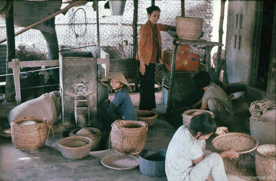 Mỹ Lai: máy xay xát gạo