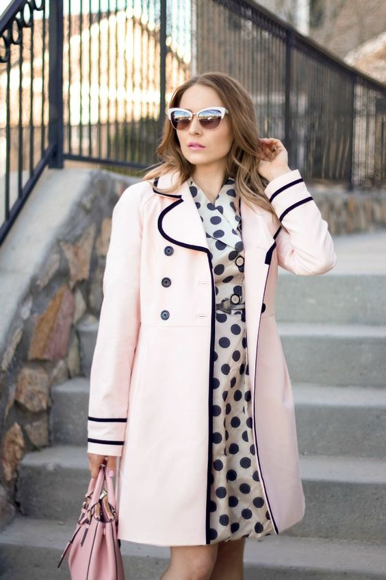 Romantic and vintage look with light pink trench coat and polka dot dress for Light Summer women