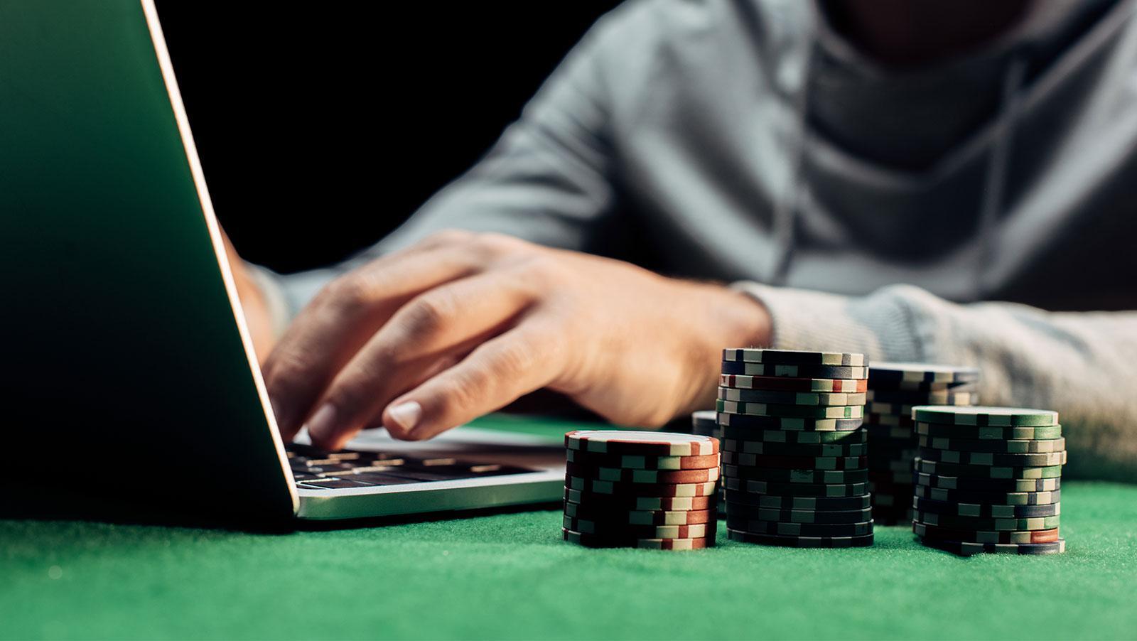 C:\Users\Thiru\Pictures\Online poker games.jpg
