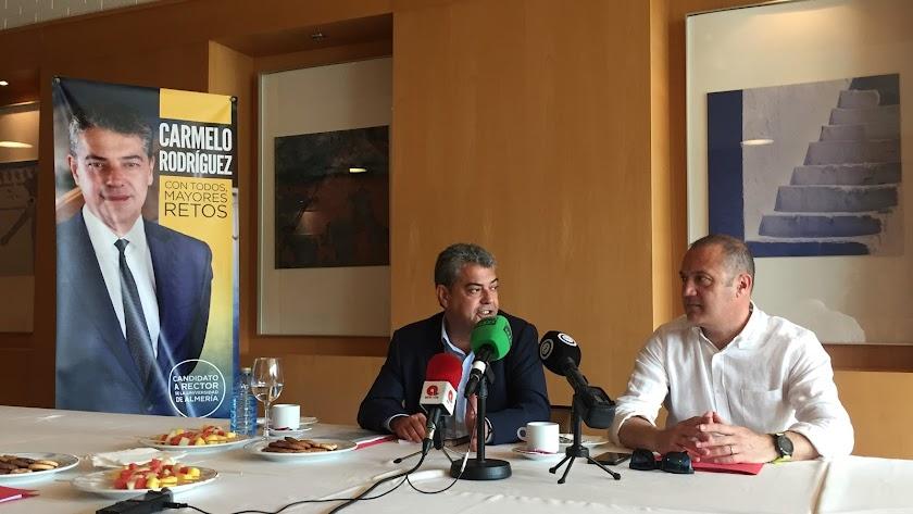 Desayuno distendido con el candidato a Rector, Carmelo Rodríguez