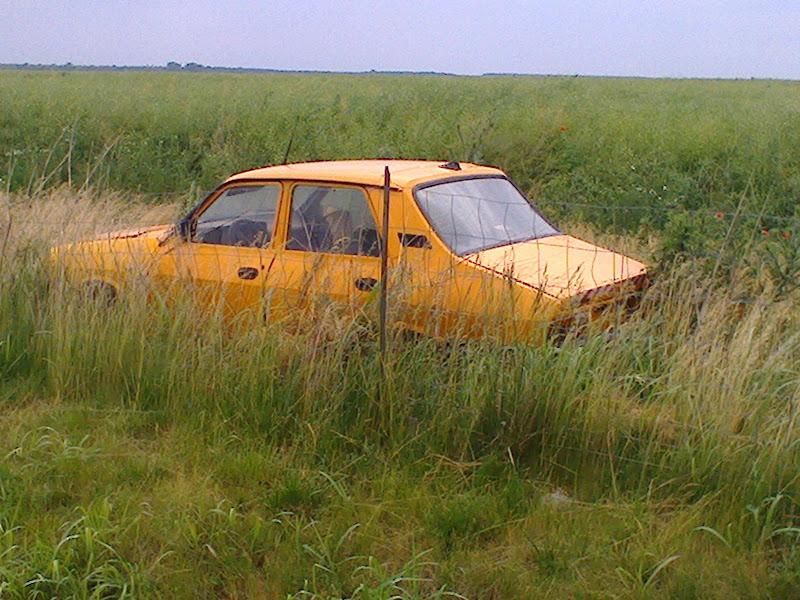macchina rumena di Praz
