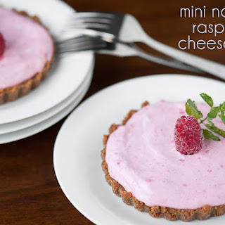 Mini No Bake Raspberry Cheesecakes