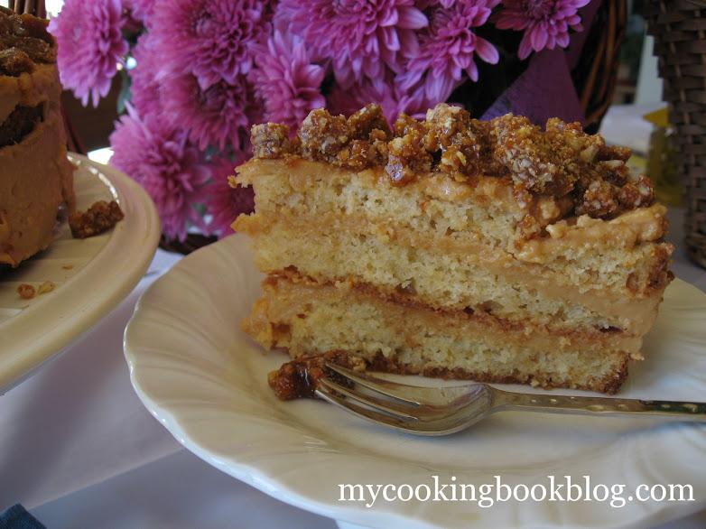 Карамелената торта на леля Доби