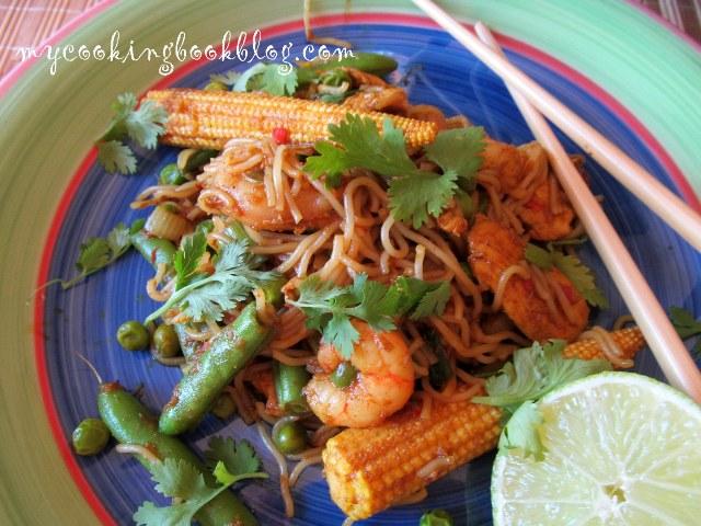 Нуделс по Сингапурски (Singapore noodles)