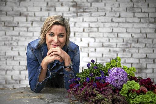 Big Bold Is Best For Winter Flower Arrangements Says Celeb Florist
