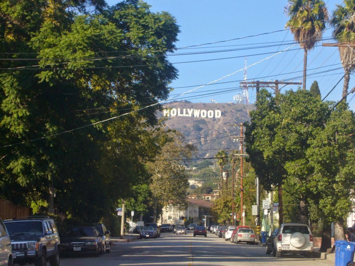 Голливуд – пристанище звезд мирового кино – заявляет о себе еще издали