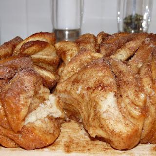 Cinnamon & Sugar Pull-Apart Bread