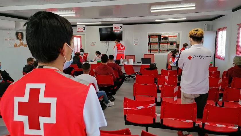 Módulos del puerto, en una imagen difundida por Cruz Roja el 18 de mayo