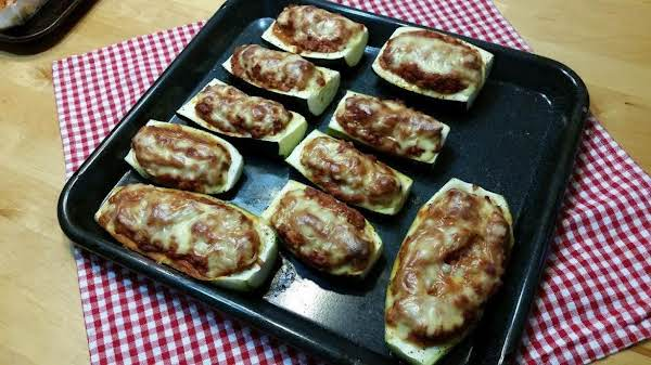 Rockabilly Housewife's Stuffed Zucchini Boats Recipe