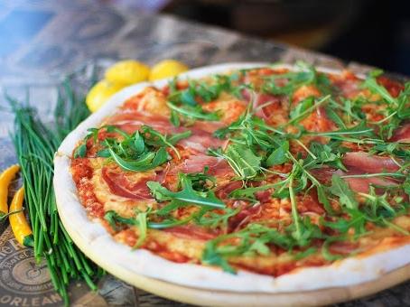 Smacznissimo Najlepsza Włoska Pizza Nocą Jedzenie Na Dowóz