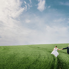 Wedding photographer Radim Tesarcik (luminia). Photo of 26.07.2018