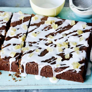 Ginger And Treacle Spiced Traybake.