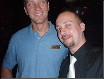 ... já que o senhor Dale é um bocadiiiiiinho mais alto que eu!
