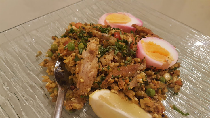 Smoked Mackerel Kedgeree, Marbled Eggs and Curried Cauliflower Rice Recipe