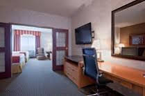 Holiday Inn Express and Suites Calgary SMacleod Trail S