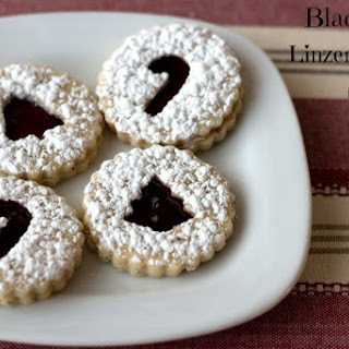 Blackberry Linzer Cookies