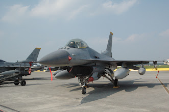 Photo: F16