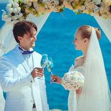 Wedding photographer Igor Lyutin (strongSPb). Photo of 15.01.2015