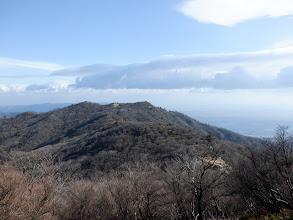 三池岳を望む