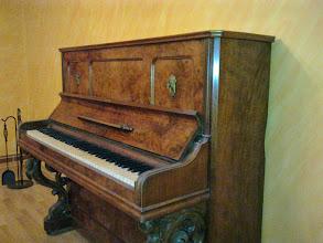 Photo: Pianino rodziny Adamietz.