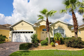 Orlando villa close to Disney, golfing community, west-facing pool, conservation view, games room