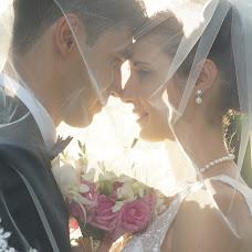 Wedding photographer Vasiliu Leonard (vasiliuleonard). Photo of 09.03.2015