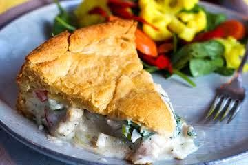 Cheesy Chicken and Veggie Pie
