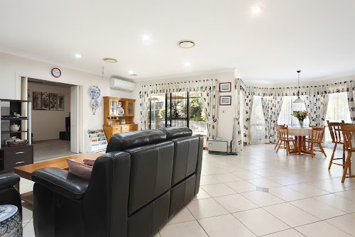 Photo of property at 7 Falkirk Court, Kellyville 2155