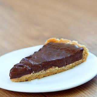 Homemade Chocolate Pudding Pie – NO tofu!.