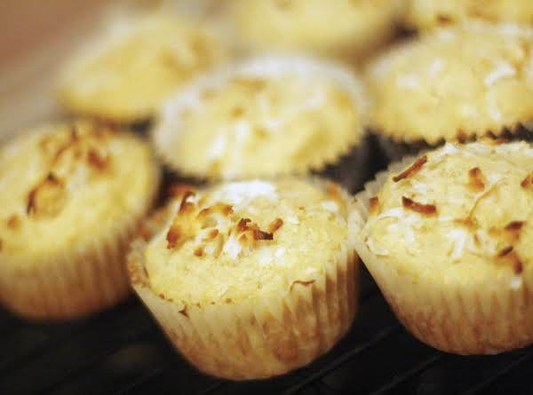 This Makes 12 Muffins In A Regular Sized Tin. They're On The Small Side And Not Heavy.