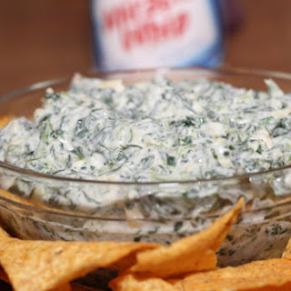 MIRACLE WHIP Creamy Spinach & Artichoke Dip.