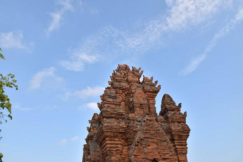 Tháp Po Klong Garai.