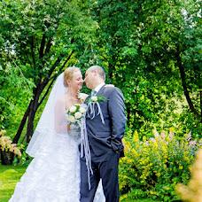 Wedding photographer Viktoriya Glushkova (Toori). Photo of 10.10.2013