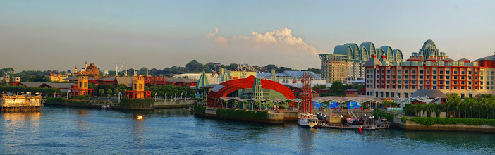 Photo: Sentosa Island with Universal Studios