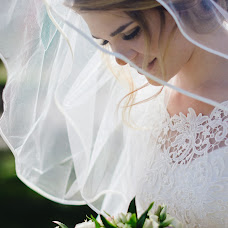 Wedding photographer Oksana Vedmedskaya (Vedmedskaya). Photo of 20.08.2017