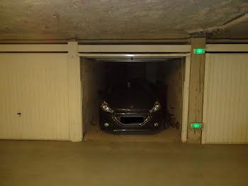 parking à Port grimaud (83)