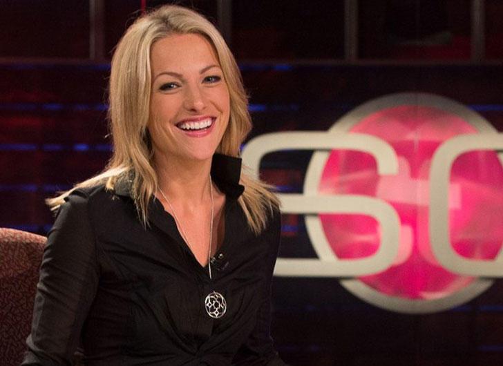 Lindsey Czarniak with ESPN