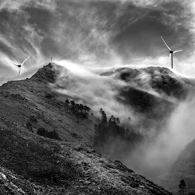 Windy day by Carlos Kiroga - Black & White Landscapes ( clouds, mountain, nature, black and white, rocky mountains, cloudscape, cloud formation, clouds and mist, portugal, light, energy )