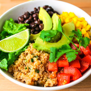 15 Minute Quinoa Burrito Bowls