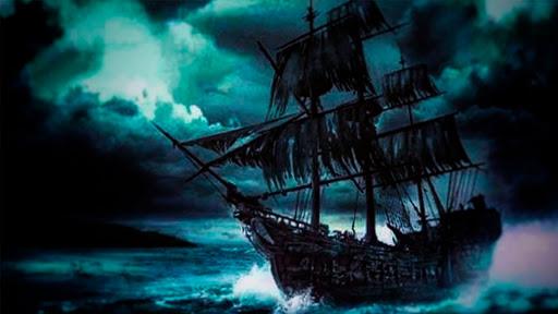 imagen barco caleuche navegando mar chiloe