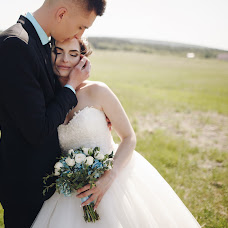 Wedding photographer Tatyana Pilyavec (TanyaPilyavets). Photo of 01.05.2018