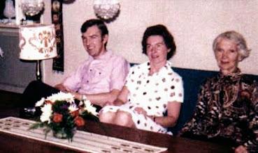Photo: 1974 Ragnvald & Eva Johannssen with Rakel Johannssen