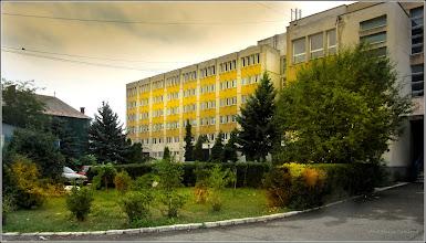 Photo: Str. Andrei Muresanu - spatiu verde al spitalului - 2017.09.19