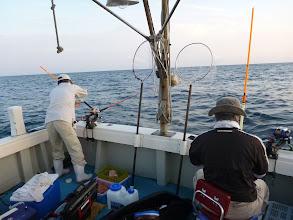 """Photo: 今回のイサキ釣り、タムラさんとアメリカ帰りの""""おおつさん"""""""