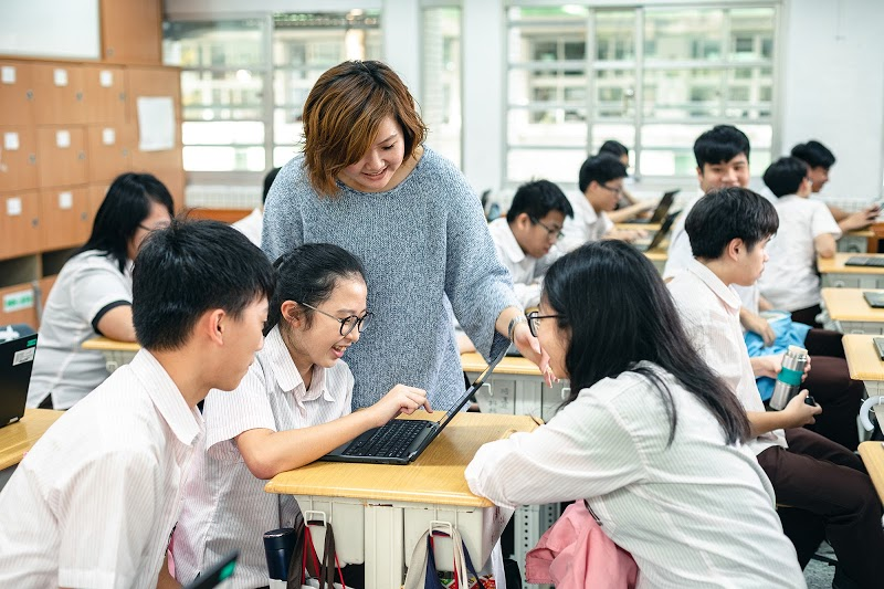 Start a computer science club at your school