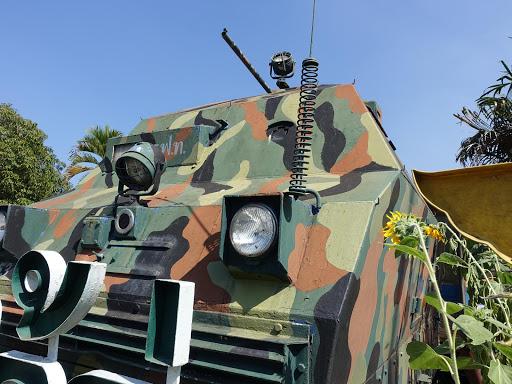 ウタラディット機関区の装甲車