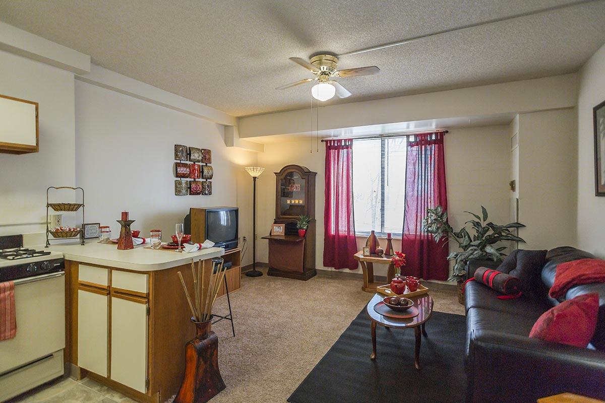 nowlin hall apartments one bedroom floorplan kansas