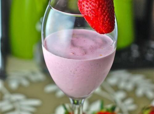 Lemon Berry Smoothie Recipe
